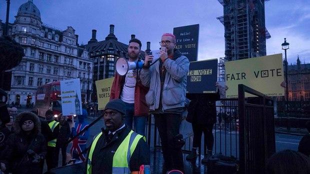 800px-cambridge_analytica_protest_parliament_square2